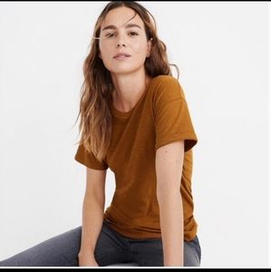Madewell short sleeve tee in color olive brown